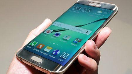 Cand pot ajunge utilizatorii de Samsung Galaxy S6 Edge cu telefonul la service?