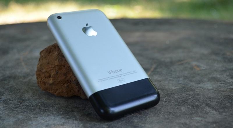 Care au fost primele modele iPhone aparute?