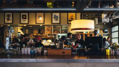 Ce iti trebuie ca sa iti deschizi un bar?