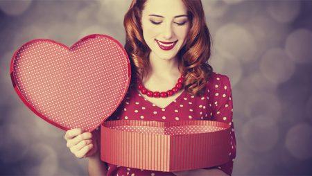 Cele mai bune idei de cadouri pentru femeile care par ca au totul