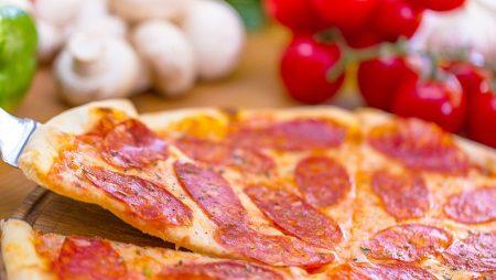 De ce iubim pizza?
